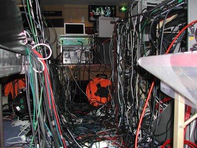 asmtv_wires
