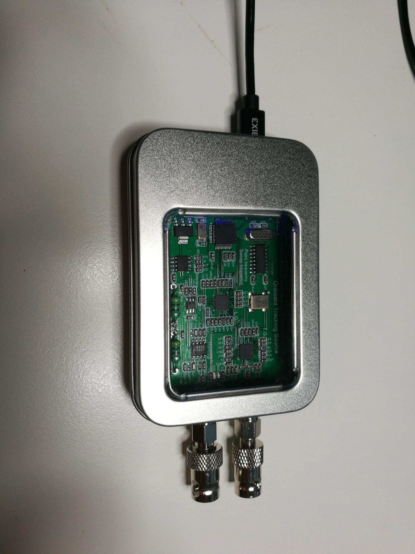 Cheap spectrum analyzer and signal generator |